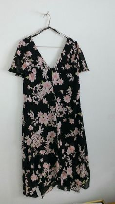 Ladies tiered dress, black with pink flowers, size Tiered Dress, My Ebay, Pink Flowers, Dress Black, Floral Tops, 18th, Lady, Dresses, Women