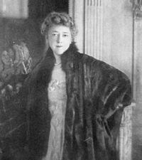 Elsie de Wolfe - American Actress, interior decorator, lived almost 40 years openly in a lesbian relationship with Bessie Marbury. She married Sir Charles Mendl at age Elsie De Wolfe, Small House Decorating, Interior Decorating, Ella Anderson, Joanna Gaines Style, Fashion Designer, High Society, Famous Women, Iconic Women
