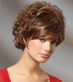 Модные женские стрижки на волнистые волосы