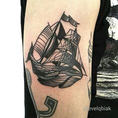 #sailing #sail #boat #sea #ocean #whale #animal #seaanimal #surrealism #tattoo #tattooart #blacktattoo #blxckink #blackwork #blackworkerssubmission #onlyblackart #dotwork #lineart #linetattoo #rockninktattoo #evelqbiak #kraków