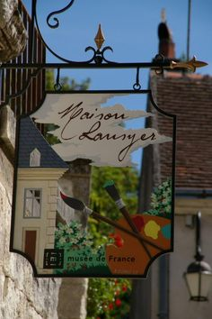 Enseigne à lentrée de la maison du peintre Lansyer. http://laphotodujour.hautetfort.com/archive/2009/06/13/la-maison-lansyer.html