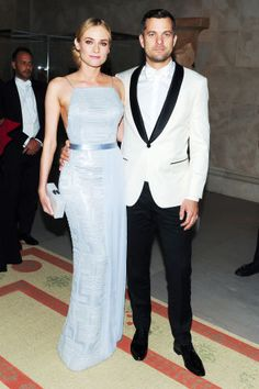 What could be better than a well dressed individual? Two well dressed individuals, of course. We've put together a timeline of the most fashionable couples throughout time, proving the point that two heads are better than one.
