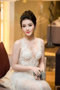 Top 10 Asian Countries with The Most Beautiful Girl - Beautiful Girl Image, The Most Beautiful Girl, Beautiful Asian Women, Beautiful Indian Actress, Beautiful Actresses, Pretty Asian, Glamour, Cute Beauty, Cute Asian Girls