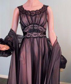 2ff55254bfb Vintage 1960s Vanity Fair Black Lace Peignoir Nightgown Robe Set Short Sz  36-38  VanityFair