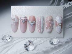 Este posibil ca imaginea să conţină: 1 persoană 3d Nail Designs, Nail Art Designs Videos, French Acrylic Nails, French Nails, Bride Nails, Wedding Nails, Nail Art Arabesque, Swirl Nail Art, Nail Art Wheel