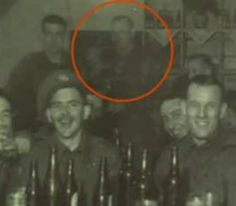 True Hauntings of America: Ghost Pictures Real Ghost Pictures, Ghost Images, Ghost Photos, Creepy Photos, Paranormal Pictures, Spirit Ghost, Holy Spirit, Ghost Sightings, Ghost Hauntings