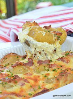 cartofi carbonara reteta pas cu pas Healthy Meal Prep, Healthy Recipes, Good Food, Yummy Food, Romanian Food, Vegan Kitchen, Cooking Light, Food To Make, Easy Meals