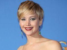 Temos mais de dez motivos para amar Jennifer Lawrence, mas listamos os principais! Veja porque ela é a mais nova queridinha de Hollywood! - Veja mais em: http://vilamulher.com.br/famosos/mundo-da-fama/10-razoes-para-amar-jennifer-lawrence-6-1-80-2060.html?pinterest-destaque