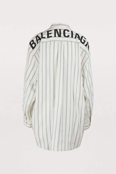 """Buy BALENCIAGA """"New Swing"""" shirt online on Shop the latest trends - Express delivery & free returns. Chic Outfits, Fashion Outfits, Jordan Shoes Girls, Balmain, Hijab Chic, Crop Top Outfits, Jeans And Sneakers, T Shirts For Women, Clothes For Women"""