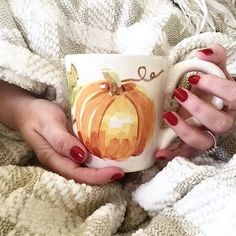 "Angela Betlewicz on Instagram: ""Happy Saturday! Is it me or does pumpkin spice coffee taste better in a pumpkin mug? """