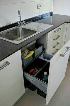 Clever Kitchen Storage Ideas And Trends For Minimize Your Kitchen 15 - Crunchhome Kitchen Interior, Kitchen Cabinet Storage, Home, Clever Kitchen Storage, Kitchen Cabinets, Home Kitchens, Diy Kitchen, Kitchen Renovation, Kitchen Design