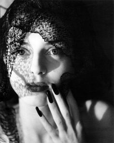 Jacques-Henri Lartigue - Florette, Paris 1944