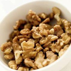 Nozes: fontes de ômega 3 e outras substâncias antiinflamatórias, contêm ainda vitaminas e proteínas