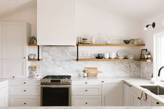Kitchen Design Planner New Samantha Gluck S Bright Minimal Scandi Inspired House tour Beige Kitchen Cabinets, Ikea Cabinets, Minimal House Design, Minimal Home, Kitchen Planner, Cuisines Design, Cool Kitchens, Ikea Kitchens, Kitchen Decor