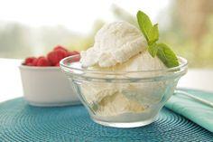 Fabio's Viviani's easy vanilla bean ice cream - and it's easy to make! #dessert