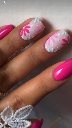 Cute Gel Nails, Chic Nails, Cute Acrylic Nails, Trendy Nails, Pastel Nails, Glitter Nails, Flower Nail Designs, Flower Nail Art, Gel Nail Art Designs