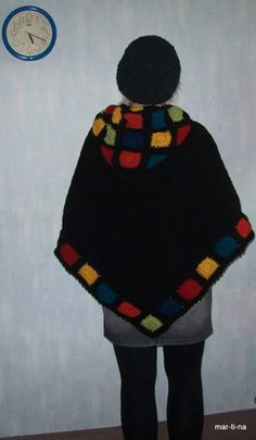 Crochet Poncho, Poncho Sweater, Bucket Hat, Winter Hats, Sweaters, Fashion, Crafts, Manualidades, Ponchos