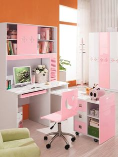 Pink desk bedroom