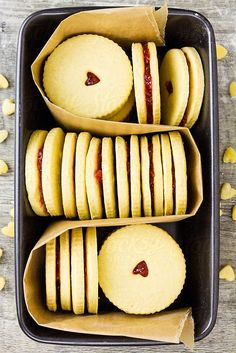 aquabeach:  Jammie Dodgers in baking tin By gourmetphotography