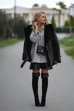 Jacket/Acne Sweater/Helmut Lang (Høyer, Egertorget) Skirt/Athé (Høyer, Egertorget) Boots/Gianvito Rossi Bag/Chanel Black Boots, What To Wear, Helmut Lang, Punk, Street Style, Chanel, Chic, Skirts, Sweaters
