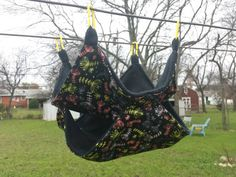 Check out this item in my Etsy shop https://www.etsy.com/listing/216359230/double-decker-l-winter-floral-limited