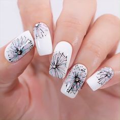 Fall Nail Designs - Looking for Diy fall nails idea too? We have gathered up 40 fall nail design ideas. You are going to absolutely love these Fall Nail Designs and most of them are so simple to make! Cute Summer Nail Designs, Cute Spring Nails, Christmas Nail Art Designs, Christmas Nails, Summer Nails, Gel Nail Art Designs, Nail Designs Pictures, Fall Nail Designs, Nails Design