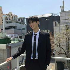 He's mine (cha eunwoo x Yn) Astro Eunwoo, Cha Eunwoo Astro, Cute Asian Guys, Cute Guys, Asian Boys, Actors Height, Park Jin Woo, Lee Dong Min, Astro Fandom Name