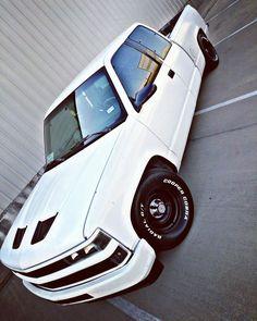 Lowrider Trucks, C10 Trucks, Pickup Trucks, Custom Chevy Trucks, Chevrolet Trucks, Sport Truck, Sport Cars, 98 Chevy Silverado, Rc Drift Cars