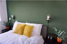 15 tinten groen voor op je muur - Makeover.nl Color Combinations, Living Room, Bedroom, Furniture, Green Walls, Design, Home Decor, Google, Color Combos