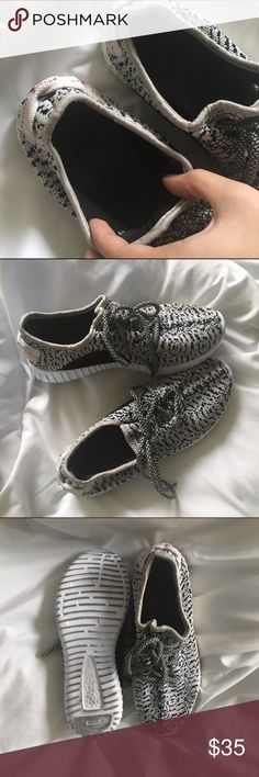 Look-alike yeezy boosts Black and white yeezy boost look alikes they are not authentic what do not ever I bought them off of a website. They are still very cute and comfy shoes, they just don't fit me anymore. Bottoms do show a bit of dirt from wearing them but nothing too noticeable. Pics is negotiable I will accept offers :) Yeezy Shoes Athletic Shoes