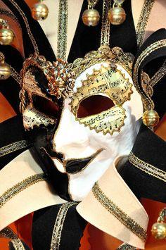 Venetian Carnival Mask - Maschera di Carnevale - Venice Italy