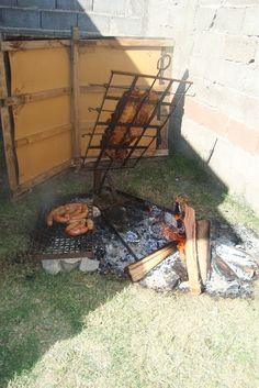 Hacete una mantera paso a paso - Hazlo tú mismo en Taringa! Pig Roast, Firewood, Bbq, Texture, Outdoor Decor, Crafts, Home Decor, Ideas, Doors