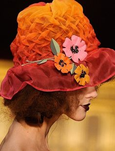 wink-smile-pout:    John Galliano Spring 2011  I love the hat.