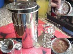 Domácí šunka ze šunkovaru   recept Korn, Coffee Maker, Kitchen Appliances, Coffee Maker Machine, Diy Kitchen Appliances, Coffee Percolator, Home Appliances, Coffee Making Machine, Coffeemaker