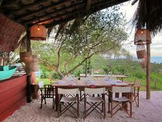 Restaurante do Chef Francis Mallman em Trancoso… Francis Mallman, Outdoor Tables, Outdoor Decor, Wild Style, Outdoor Cooking, Great Places, Outdoor Furniture Sets, Places To Visit, Relax