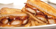 Honey BBQ Chicken Supermelt Country-breaded all-white chicken tenders, smothered in sweet honey BBQ sauce, melted Cheddar cheese, applewood-smoked bacon and Ranch dressing on freshly grilled sourdough bread.