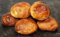 Receita de Broas de Azeite com Aguardente | Doces Regionais Portuguese Desserts, Portuguese Recipes, Cake Recipes, Dessert Recipes, Kitchen Time, Cake & Co, Raisin Cookies, Yummy Cookies, Sweet Bread