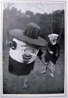 En Garde! Bizarre Vintage Halloween Costumes.