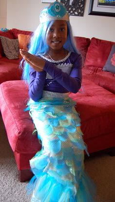 AWESOME DIY Mermaid Costume with tutorial
