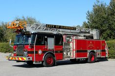 Clermont Florida Ladder 102 - 2005 E-One Cyclone II 1500/500/75' Aerial. SO#128768. Repainted Black/Red in 2018. Not a Refirb. Clermont Florida, Fire Apparatus, Fire Dept, Central Florida, Ems, Ladder, Black, Stairway, Black People
