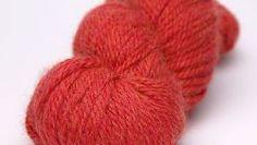 Aran - C805 Sunset Aran - C805 Sunset €11.00 Kleurgroep: Oranjetinten Materiaal: 50 % Alpaca, 50 % Peruaanse Hooggebied Wol Gewicht: 100 g Lengte: 132 m / 144 yds Stekenverhouding: 17 st 21 rijen Naalddikte: 5 mm / 8 US