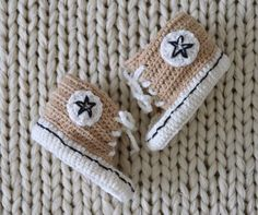 VIRKKASIN: OHJE vauvan virkatut Converse tossut