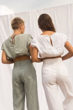 Arthur Apparel - Gretta Designer Blouse – Friends of Ivy Mein Style, How To Make Clothes, Indian Designer Wear, Fashion Sewing, Minimalist Fashion, Blouse Designs, Casual Wear, Lounge Wear, Summer Outfits