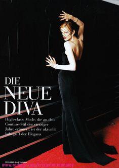 """""""Die Neue Diva"""" Kristen McMenamy, photo by Max Vadukul, Vogue Deutsch, 1995"""
