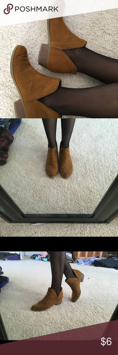Brown ankle boots Selling bc not my style anymore  My measurements are 32 bust 25 waist 32 hips. indigo rd Shoes Ankle Boots & Booties