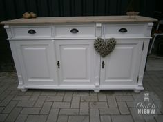 dressoir landelijke stijl - Google zoeken Buffet, Cottage, Cabinet, Wood, Google, Furniture, Country, Sweet, Home Decor