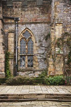 The Courtyard at Haddon Hall, Peak District, UK | Shevaun Williams
