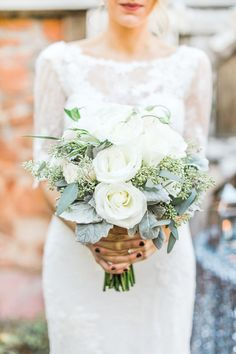 20 Gorgeous Winter Wedding Bouquet Ideas You Must Have! 20 Gorgeous Winter Wedding Bouquet Ideas You Winter Wedding Receptions, Winter Wedding Flowers, Wedding Ceremony, Wedding Venues, Winter Weddings, Wedding Flower Arrangements, Flower Bouquet Wedding, Floral Wedding, Trendy Wedding