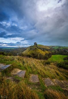 "Martin Dolan on Twitter: ""Divided A day's rainbow hunting with nothing but wet clothes to show for it... The cloud formations over Corfe Castle were spectacular thou… https://t.co/3FuT3babZV"""