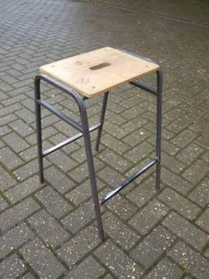 SSS074TF Steel Frame School Classroom Stools with Wooden Seat